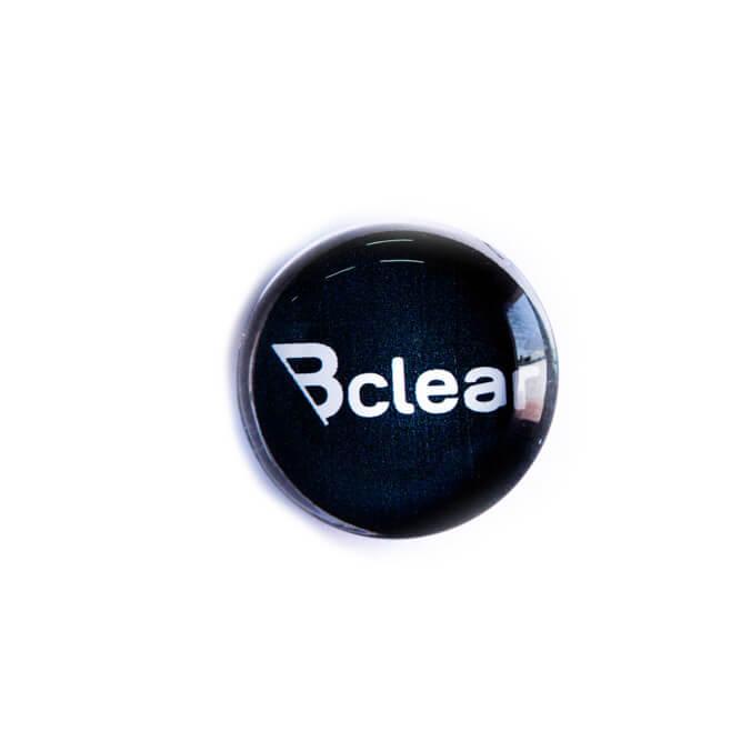 מגנט זכוכית שחור ללוח מחיק